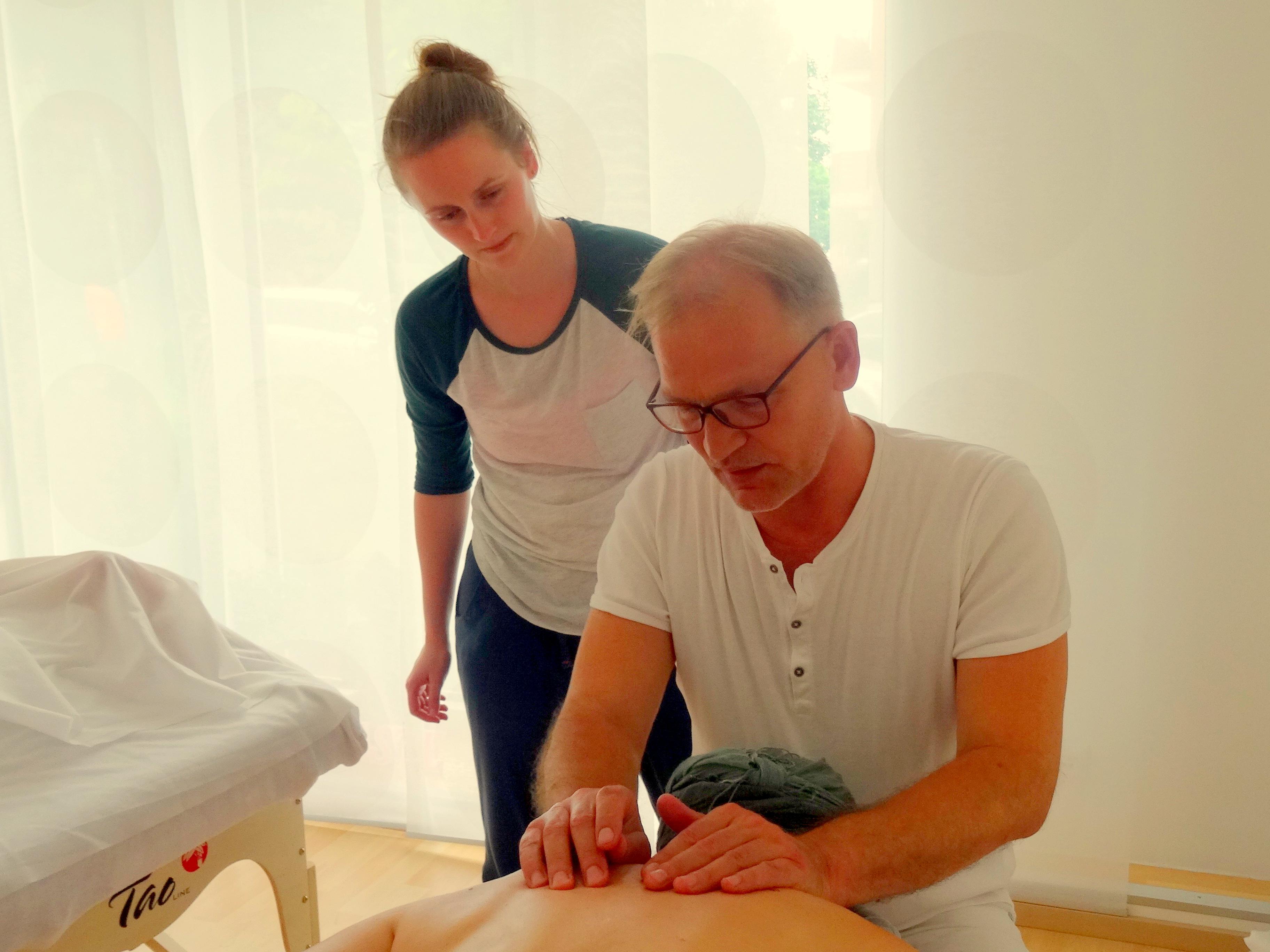 Wellness Massage Kurs Massage Lernen In Berlin Massage Ausbildung Berlin